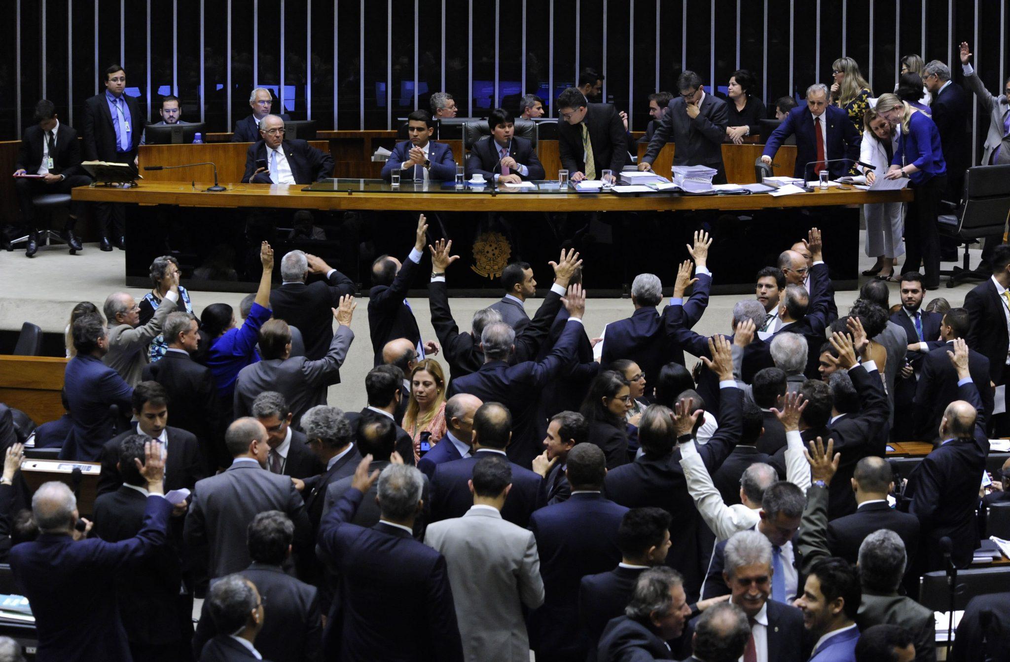 Câmara Aprova MP Que Aumenta Carência Para Benefícios da Previdência