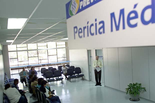 Pente-fino do INSS cancela mais de 102 mil auxílios-doença