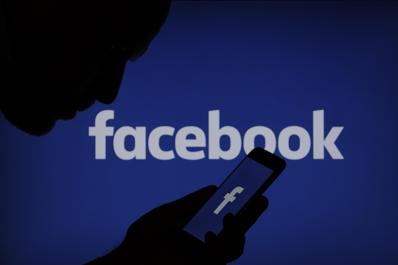 Revertida dispensa por justa causa de empregado que reclamou da empresa no Facebook